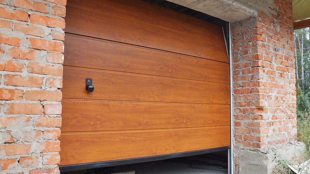 garage_door_panel_replacement_-_overhead_door_&_operator_pensacola_9601_n._palafox_st_ste_6-a_pensacola_florida_32534.jpg