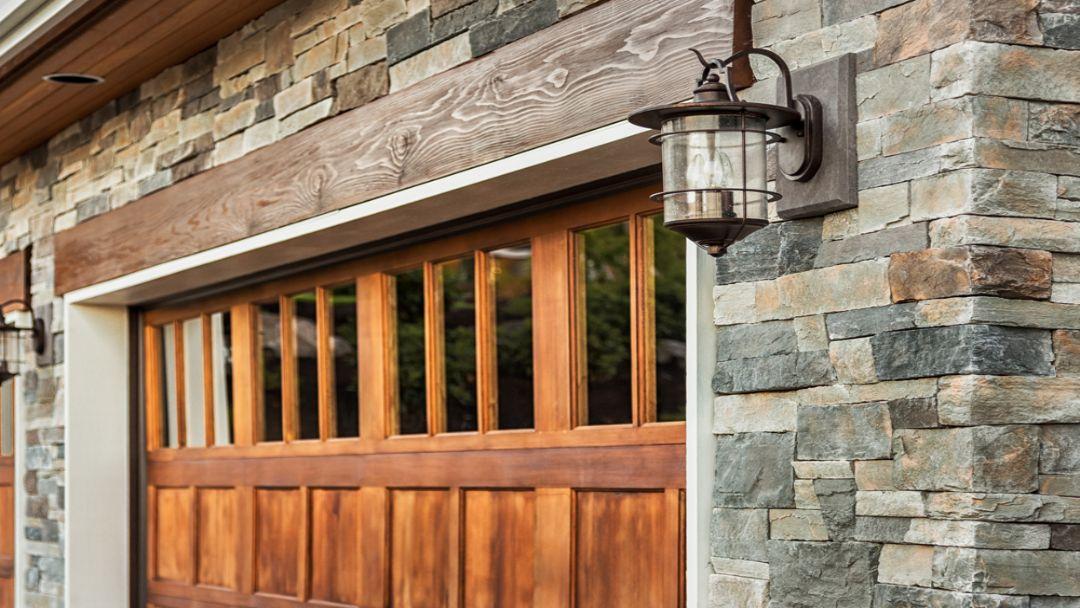garage_door_in_wood_and_glass_-_overhead_door_&_operator_pensacola_9601_n._palafox_st_ste_6-a_pensacola_florida_32534.jpg