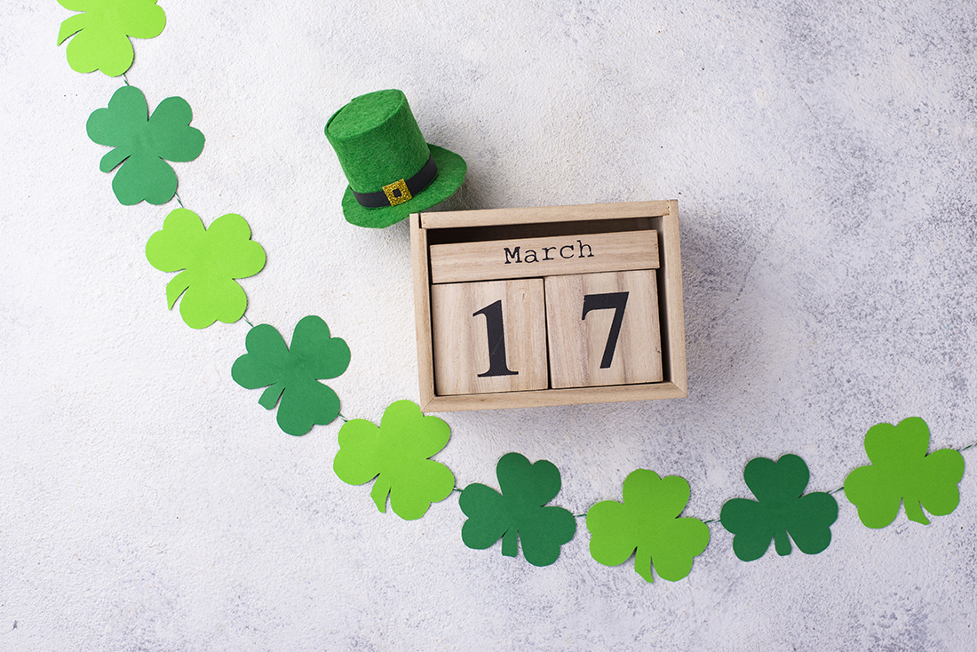st-patrick-s-day-background-with-calendar-w4njyqm.jpg