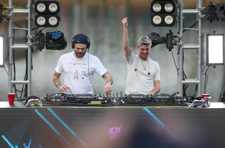 the-chainsmokers-march-10-2020-billboard-1548-1589399328-768x508.jpg
