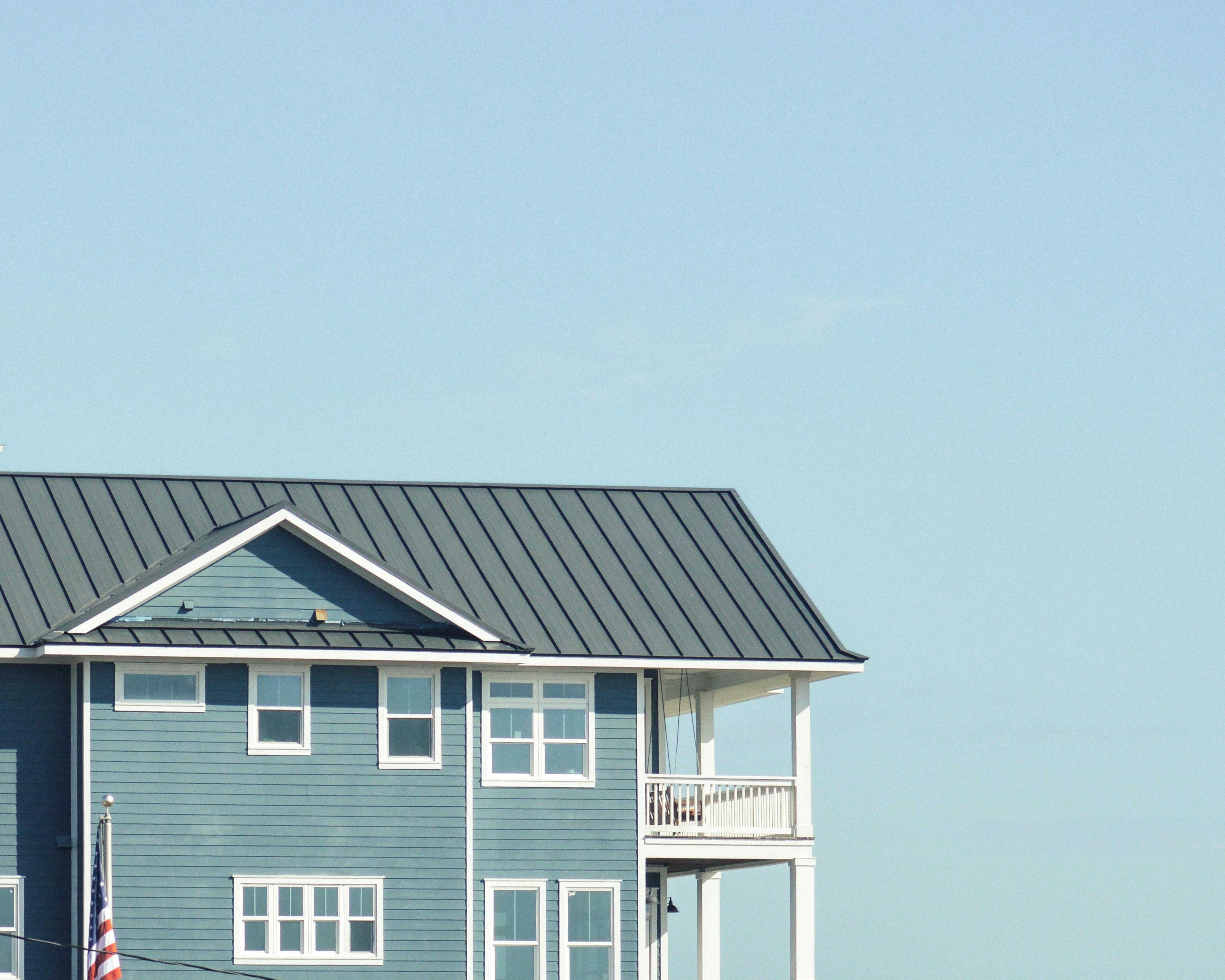 metal_roof__roof_replacement.jpg