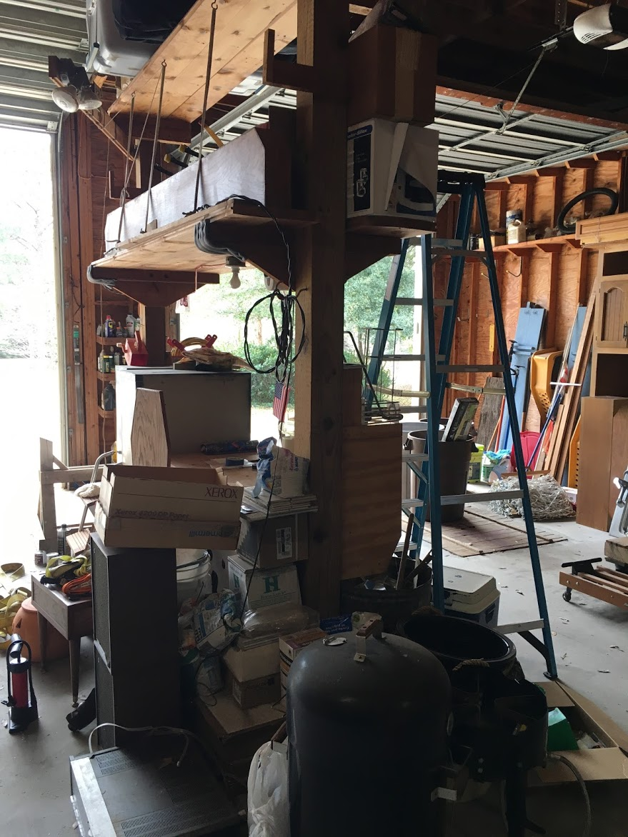 garage_full_of_junk__something_old_salvage_(s.o.s.)_6505_north_w_st.___pensacola__fl_32505_850-758-9900_https-::bit.ly:31b4q2v_.jpg