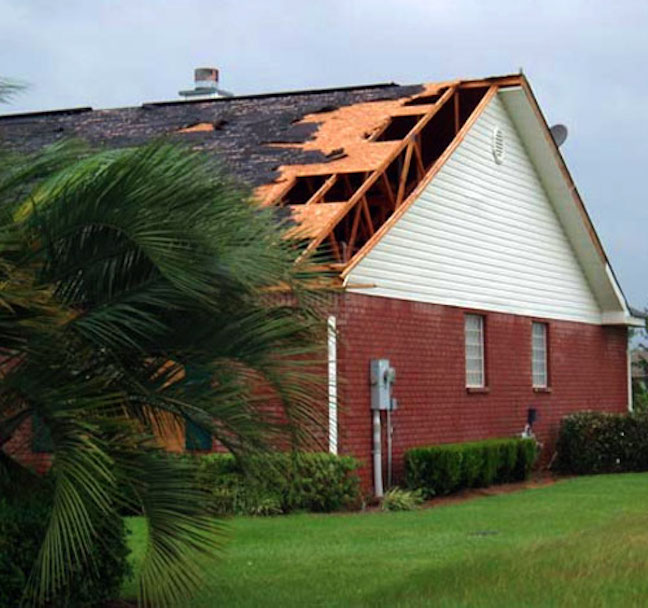 storm_damaged_foor__roofing_contractor__freeman_roofing_4201_auckland_pace__fl_32571_(850)_994-1078__http-:www.freemanroofing.com.jpg