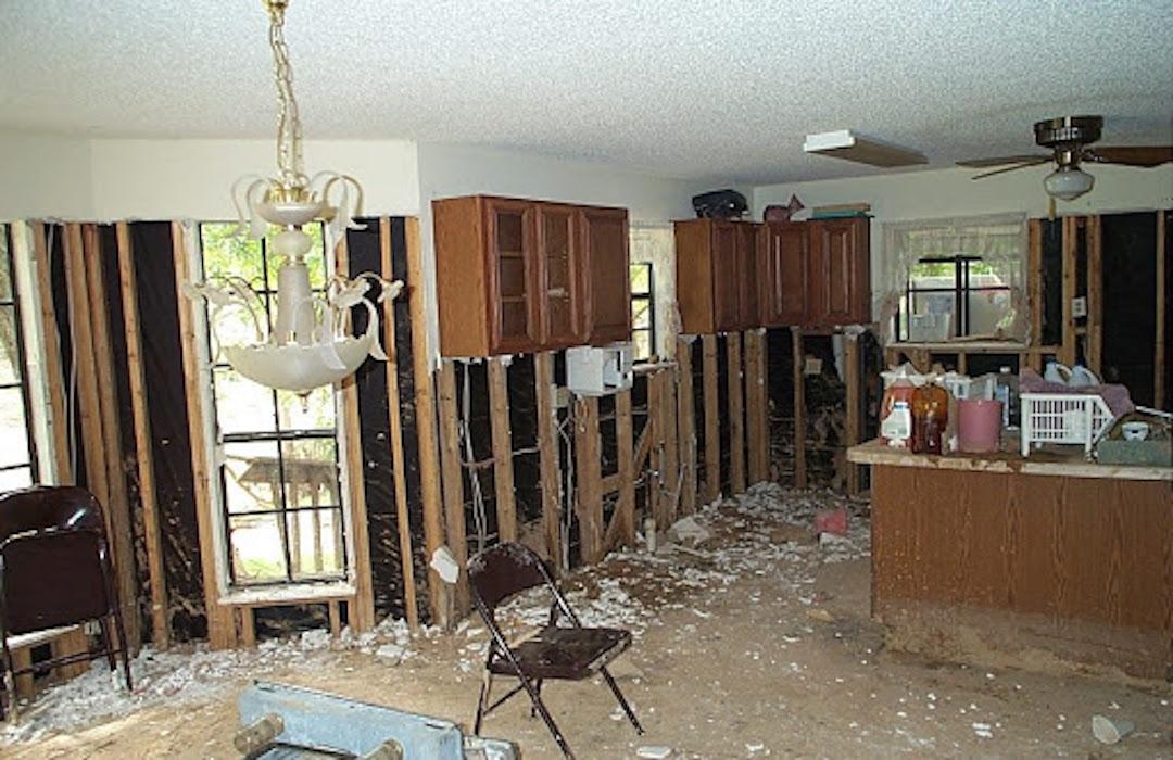 kitchen_remodle_after_a_flood__servpro_of_west_pensacola_1101_s._fairfield_dr_pensacola__fl._32506_850-469-1160_https-::bit.ly:36jv0ta__.jpg