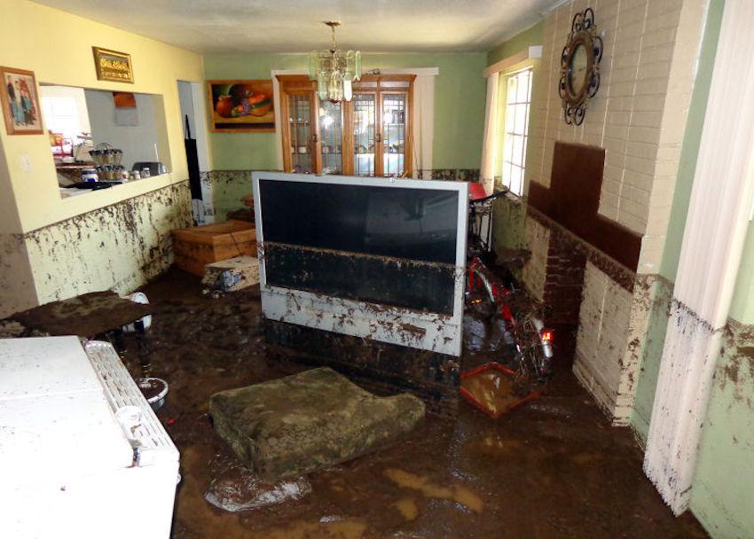 home_after_devestating_flood__servpro_of_west_pensacola_1101_s._fairfield_dr_pensacola__fl._32506_850-469-1160_https-::bit.ly:36jv0ta__.jpg