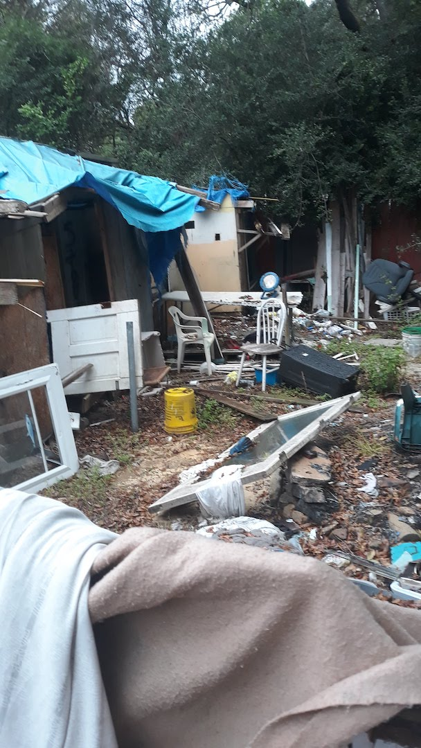 yard_full_of_junk__something_old_salvage_(s.o.s.)_6505_north_w_st.___pensacola__fl_32505_850-758-9900_https-::bit.ly:31b4q2v_.jpg