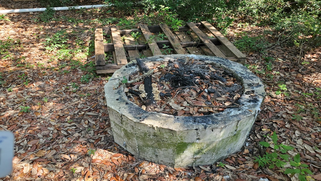 old_firepit__something_old_salvage_(s.o.s.)_6505_north_w_st.___pensacola__fl_32505_850-758-9900_https-::g.page:sosjunk?share.jpg