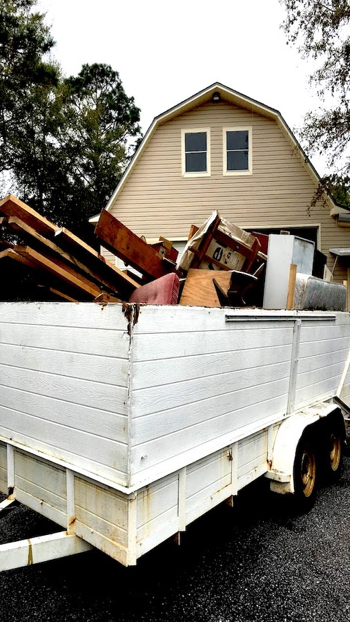junk_hauling__something_old_salvage_(s.o.s.)_6505_north_w_st.___pensacola__fl_32505_850-758-9900_https-::www.somethingoldsalvage.com.jpg