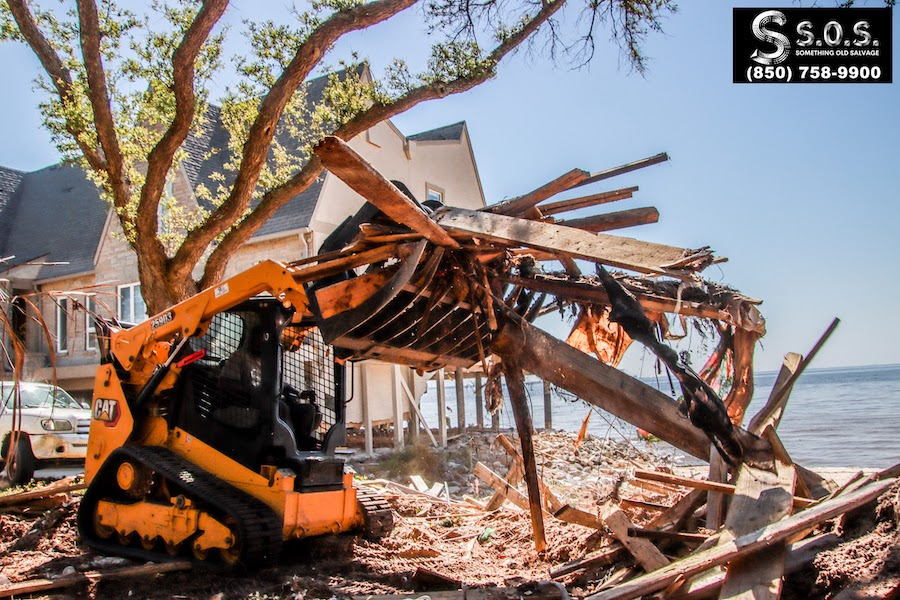 s.o.s._bayshore_junk_removal_finals__something_old_salvage_(s.o.s.)_6505_north_w_st.___pensacola__fl_32505_850-758-9900_https-::www.somethingoldsalvage.com-11.jpg