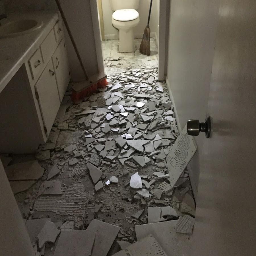 floor_demolition__something_old_salvage_(s.o.s.)_6505_north_w_st.__pensacola__fl_32505_850-758-9900_https-::bit.ly:3u0lfxi_.jpg